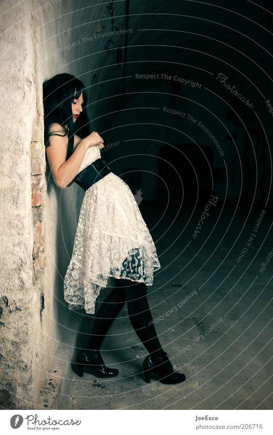alone in the dark... Lifestyle elegant schön feminin Frau Erwachsene Leben 1 Mensch Mauer Wand Gürtel Stiefel schwarzhaarig langhaarig ästhetisch Coolness