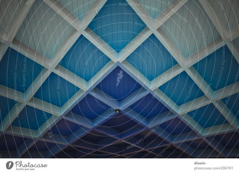 Freiburger Blautöne (FR 6/10) weiß blau Architektur Dach Quadrat Bühne Bauwerk türkis Decke Raster Dachgebälk Farbverlauf Pavillon Holzdecke Kassettendecke