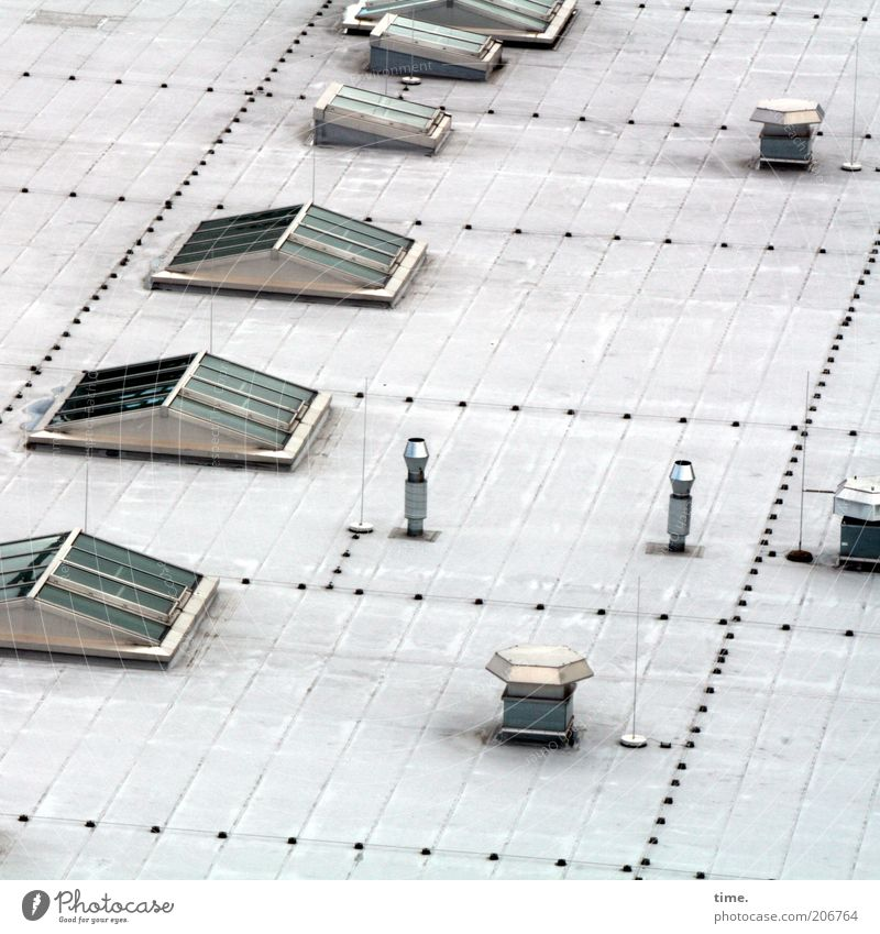 [H10.1] - Dachterrasse oben Fenster Metall Architektur Glas Dach Metallwaren Anordnung Blech Chrom Niete Gebäude Lüftung Belüftungsfenster Belüftung Dachfenster
