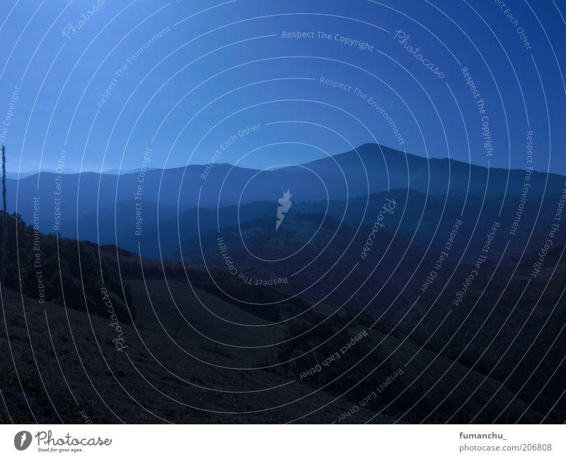 Galicia blau Erholung Herbst Berge u. Gebirge Landschaft braun Reisefotografie Spanien Schönes Wetter Blauer Himmel Wolkenloser Himmel