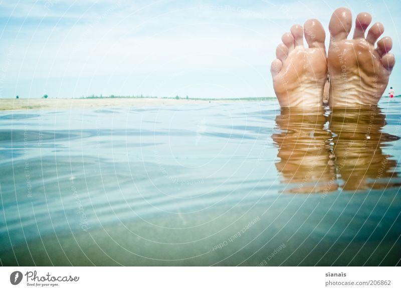 zehn Mensch Ferien & Urlaub & Reisen Wasser Sommer Erholung ruhig Strand lustig Glück Freiheit Schwimmen & Baden See Fuß genießen Schwimmbad Erfrischung