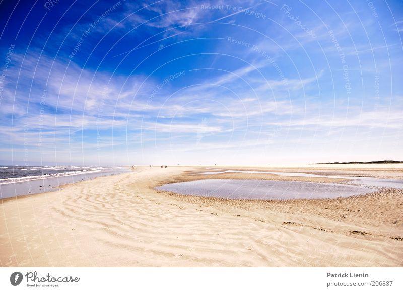 Strandspaziergang Natur blau Sommer Ferien & Urlaub & Reisen Meer Wolken Ferne Freiheit Umwelt Sand träumen Ausflug Insel Tourismus Urelemente