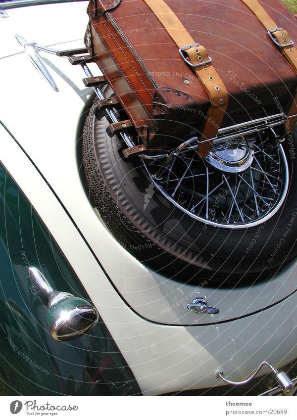 klassisch Reisen Oldtimer Kofferraum Verkehr PKW alt Kofferhalter alter Koffer