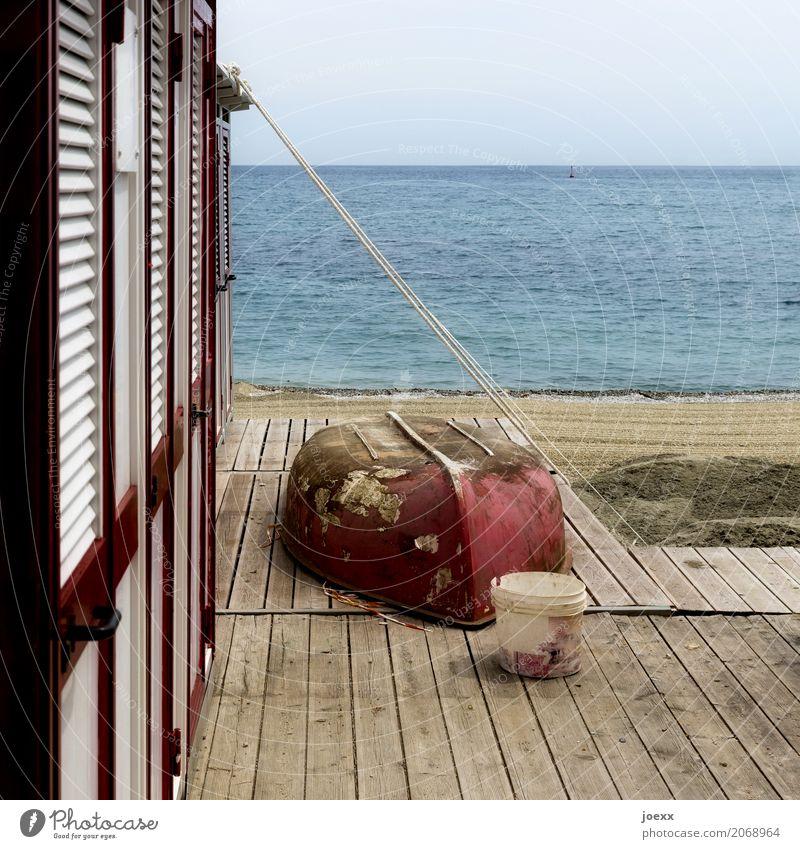 Vorsaison Ferien & Urlaub & Reisen Sommer Sommerurlaub Strand Meer alt maritim blau rot Freizeit & Hobby Umkleideraum Farbfoto Gedeckte Farben Außenaufnahme