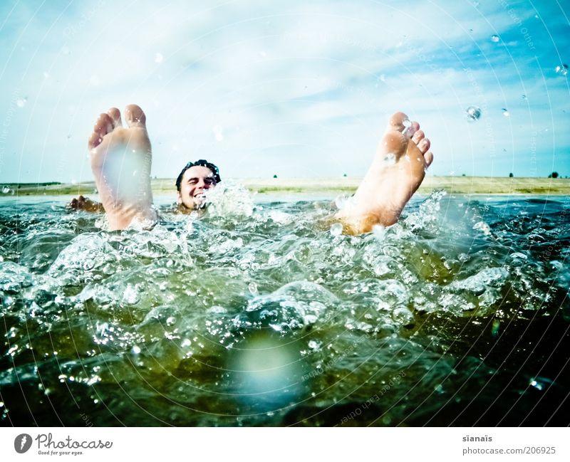 selfmade whirlpool Lifestyle Glück Gesundheit Leben Wohlgefühl Ferien & Urlaub & Reisen Freiheit Sommer Sommerurlaub Mensch Mann Erwachsene Fuß Natur Wasser See