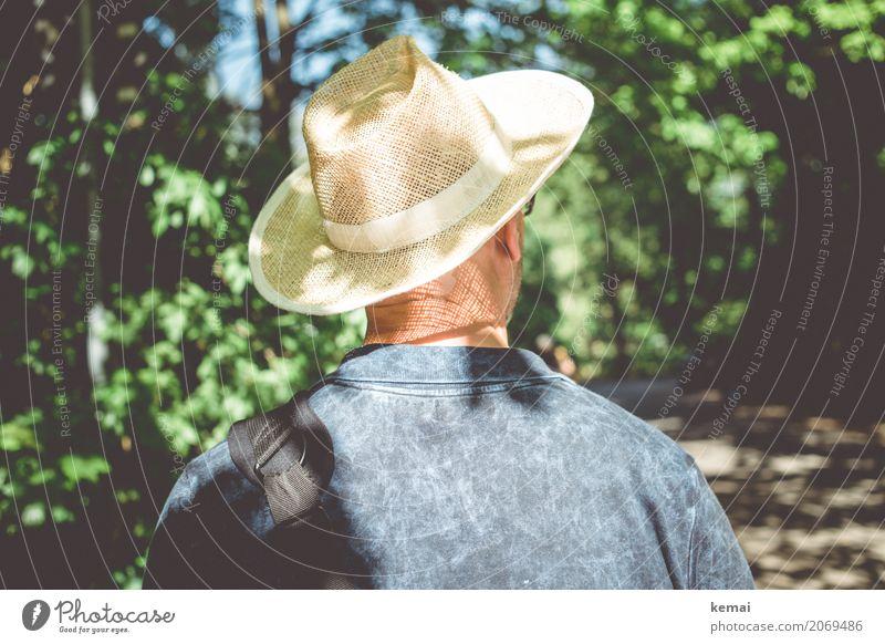 AST10 | Herr H. im Grünen Mensch Natur Ferien & Urlaub & Reisen Mann Sommer Erholung ruhig Wald Erwachsene Leben Lifestyle Tourismus Freiheit Ausflug