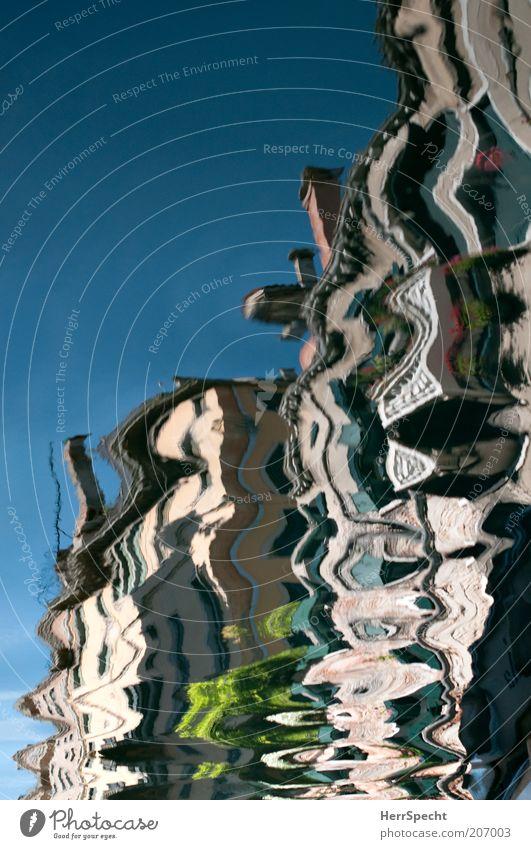 Canale vivace Venedig Altstadt Haus Wasser blau mehrfarbig ästhetisch Bewegung chaotisch Fassade Expressionismus Farbfoto Außenaufnahme Detailaufnahme