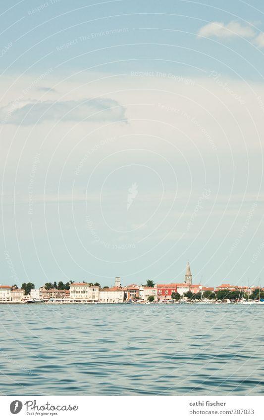 urlaub Wasser Himmel Meer blau Stadt Sommer Ferien & Urlaub & Reisen Wolken Ferne Wellen Küste Insel Tourismus Dorf Skyline Schönes Wetter