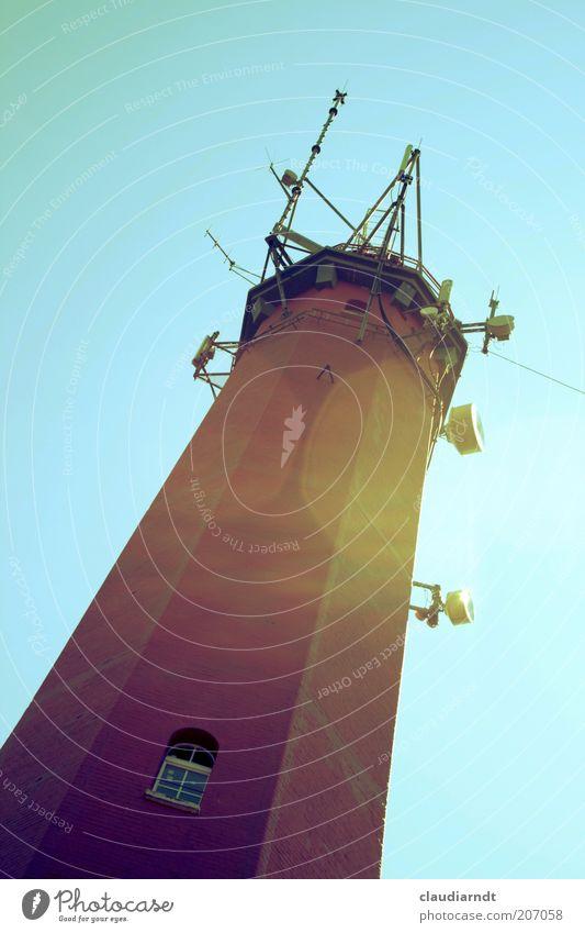 Hela Fenster Stein hoch Aussicht Turm leuchten Schifffahrt Wahrzeichen Leuchtturm Schönes Wetter Scheinwerfer Antenne Lichtspiel Blauer Himmel Blendenfleck