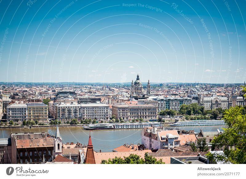Budapest 4 Ferien & Urlaub & Reisen blau Sommer Stadt Tourismus Wasserfahrzeug Ausflug Verkehr ästhetisch Aussicht historisch Sehenswürdigkeit Wahrzeichen