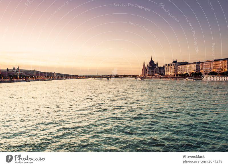 Sonnenuntergang auf der Donau 4 Farbfoto Außenaufnahme Dämmerung Abend Tag Sonnenlicht Sonnenstrahlen Menschenleer Panorama (Aussicht) Ferien & Urlaub & Reisen