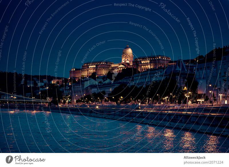 Budapest @ night 6 Farbfoto Außenaufnahme Nacht Totale Langzeitbelichtung Menschenleer Panorama (Aussicht) Textfreiraum links Ferien & Urlaub & Reisen Tourismus