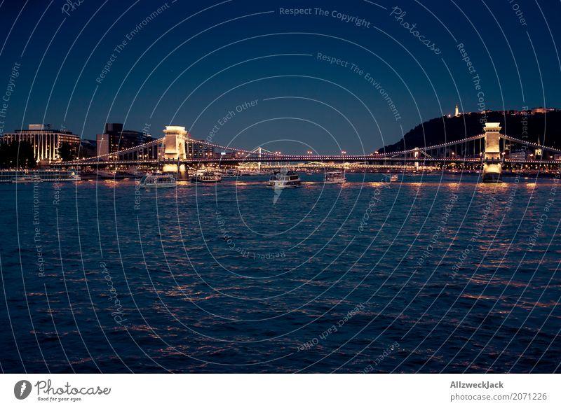 Budapest @ night 5 Farbfoto Außenaufnahme Nacht Totale Langzeitbelichtung Menschenleer Panorama (Aussicht) Textfreiraum links Ferien & Urlaub & Reisen Tourismus