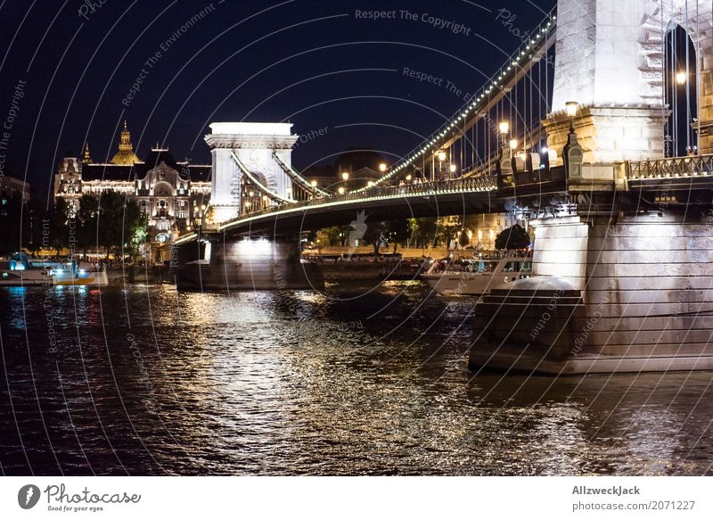 Budapest @ night 3 Ferien & Urlaub & Reisen Tourismus Ausflug Nachtleben Ungarn Hauptstadt Stadtzentrum Altstadt Brücke Bauwerk Architektur Sehenswürdigkeit