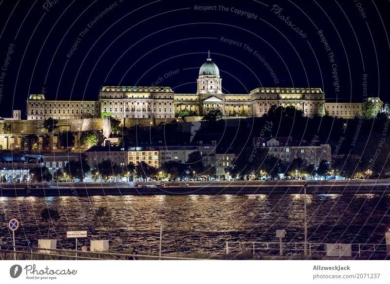 Budapest @ night Ferien & Urlaub & Reisen Tourismus Ausflug historisch Sehenswürdigkeit Wahrzeichen Hauptstadt Burg oder Schloss Altstadt Stadtzentrum Reichtum