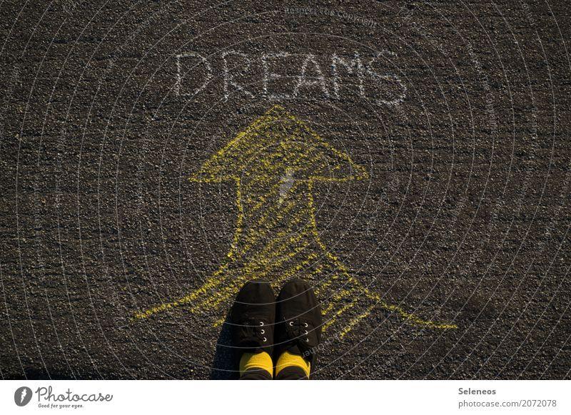 Please, follow. harmonisch Wohlgefühl Zufriedenheit Fuß Zeichen Schriftzeichen Schilder & Markierungen Hinweisschild Warnschild Pfeil träumen Glück