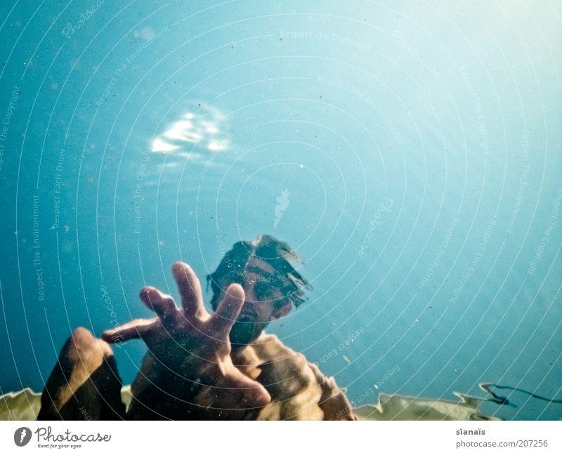 tripsitter Mensch Mann Hand Wasser Sommer Ferien & Urlaub & Reisen Leben Stil Erwachsene maskulin verrückt Hilfsbereitschaft Lifestyle bedrohlich Schwimmen & Baden harmonisch
