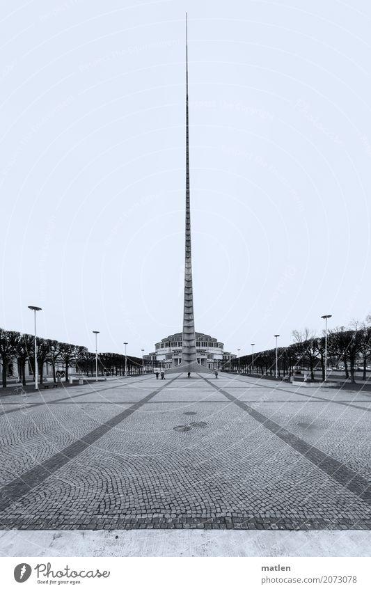 Die Nadel Stadt Park Bauwerk Gebäude Architektur Sehenswürdigkeit gigantisch lang Spitze Platz Breslau Jahrhunderthalle Schwarzweißfoto Außenaufnahme Low Key
