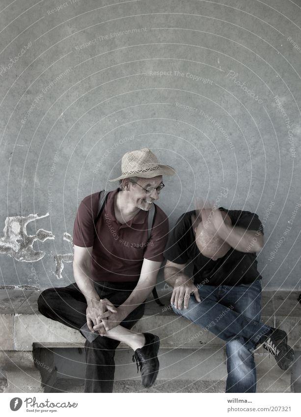 schenkelklopfer Mensch Mann Freude Erwachsene lachen Freundschaft Stimmung Freizeit & Hobby sitzen Fröhlichkeit 45-60 Jahre Pause Team Humor Begeisterung Verabredung