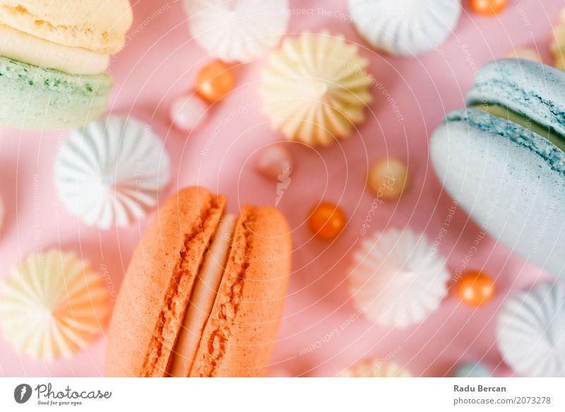 Bunter Macaron-Geburtstags-Kuchen und süßer Süßigkeits-Belag blau Farbe weiß Freude Essen gelb Glück Lebensmittel Feste & Feiern rosa orange Ernährung modern