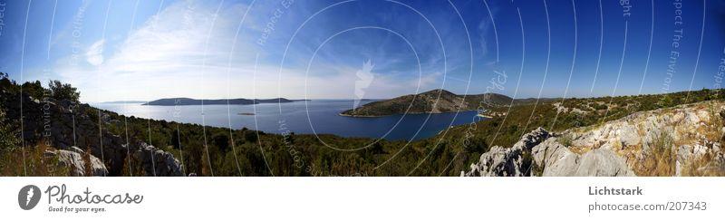 schau dich um Natur Wasser grün blau Ferien & Urlaub & Reisen Meer Erholung Berge u. Gebirge Gefühle Landschaft Wärme Felsen Sehnsucht Schönes Wetter positiv Klippe