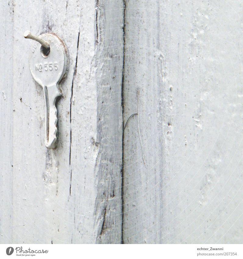 Keiner nimmt mich wahr! weiß Holz Farbstoff Ziffern & Zahlen Loch Holzbrett Schlüssel Nagel aufhängen Maserung bemalt Holzwand Schlüsselanhänger lackiert