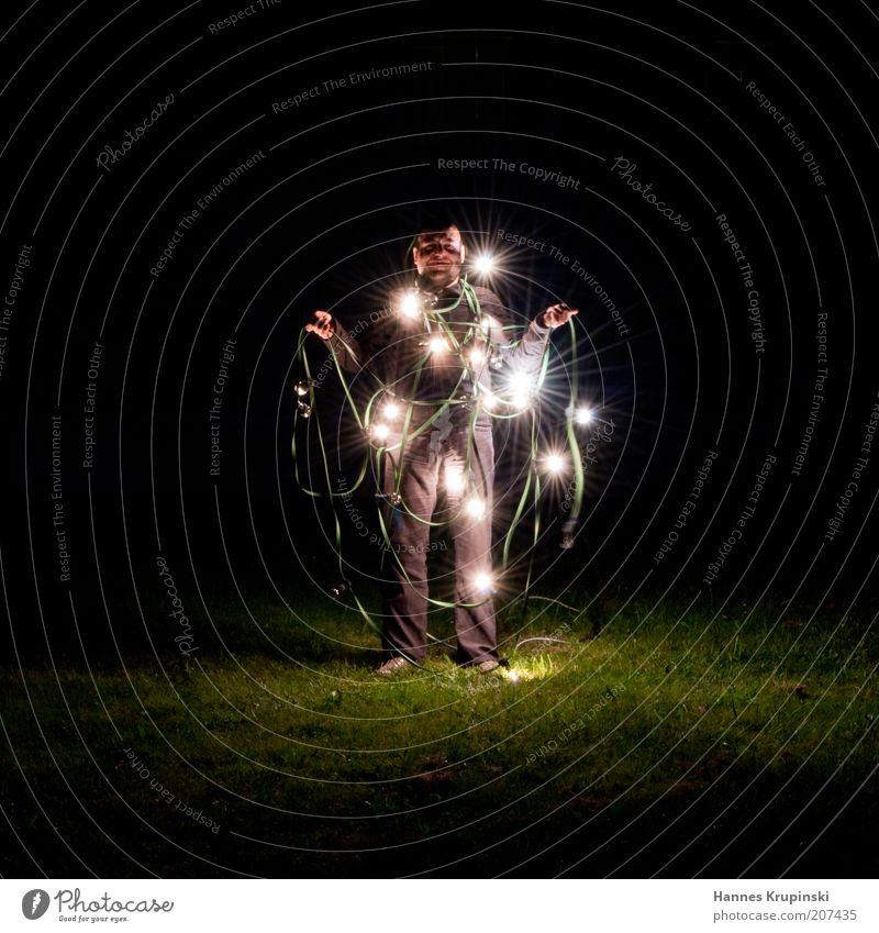 weihnachtsmann Entertainment Mensch Mann Erwachsene 1 Dekoration & Verzierung Kitsch Krimskrams leuchten stehen ästhetisch dunkel verrückt schwarz friedlich