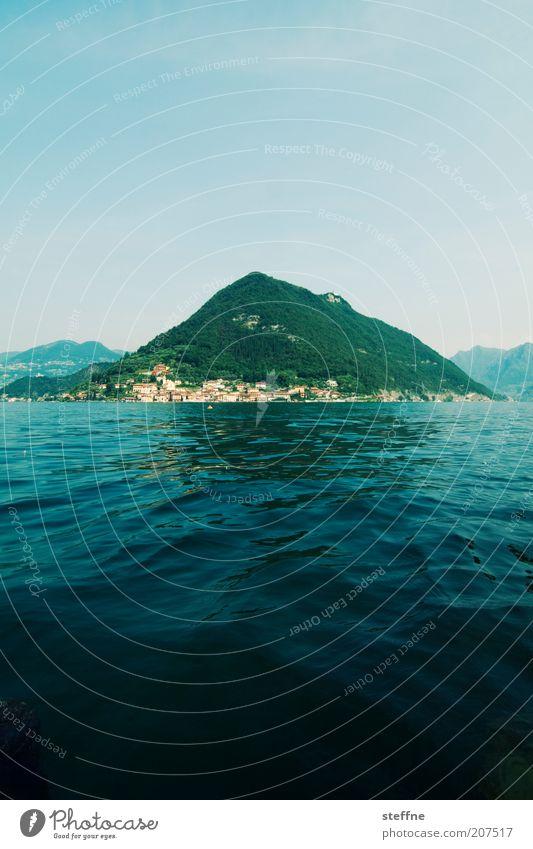Reif für die Insel Natur Landschaft Wasser Sommer See Lage d'Iseo Lago d'Iseo Italien Italienisch Dorf schön Ferien & Urlaub & Reisen Farbfoto Außenaufnahme