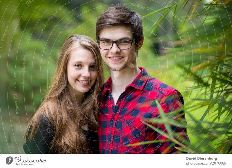Katharina & Patrick Mensch Natur Jugendliche Junge Frau Sommer Junger Mann 18-30 Jahre Erwachsene Frühling Liebe feminin Glück Garten Zusammensein Freundschaft