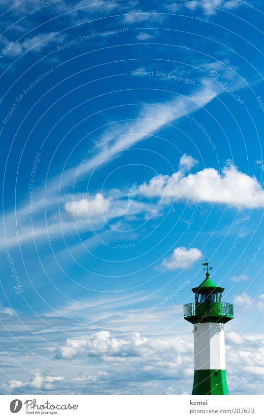 Grün und Weiß Himmel weiß Meer grün blau Sommer Wolken Wärme Landschaft Insel Turm Klima Leuchtturm Ostsee Schönes Wetter Rügen