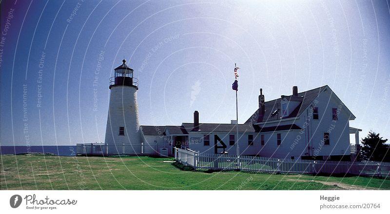 Leuchtturm Haus Schönes Wetter Blauer Himmel Vignettierung Leuchtfeuer Wolkenloser Himmel Maine Seezeichen Neuengland Klarer Himmel