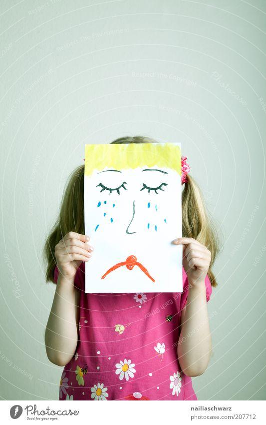 Traurig Mensch Kind Mädchen gelb Gefühle Haare & Frisuren Traurigkeit Stimmung blond rosa gold Schilder & Markierungen Trauer stoppen Zeichen Kindheit