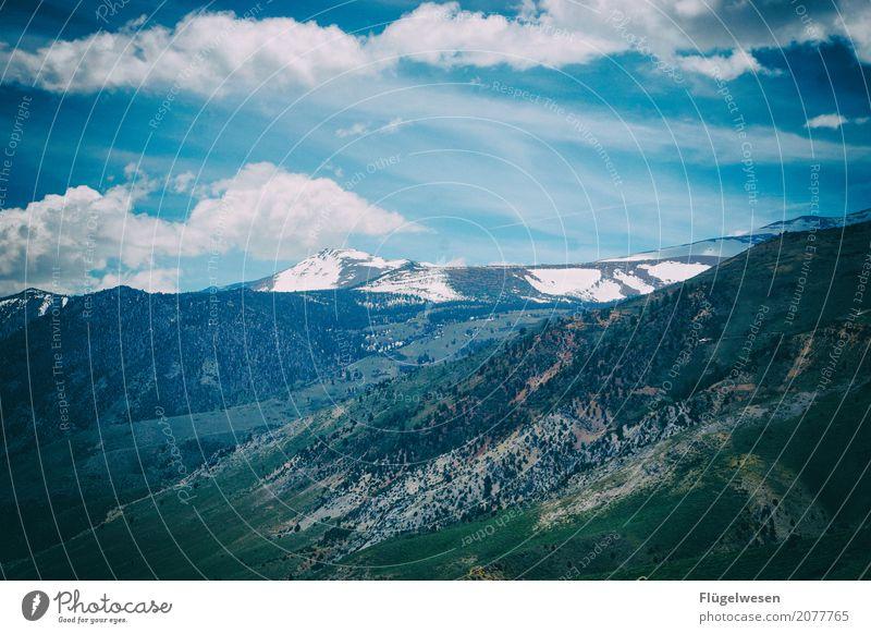 Over the mountains and the sea... Ferien & Urlaub & Reisen Tourismus Ausflug Abenteuer Ferne Freiheit Natur Landschaft Klima Berge u. Gebirge Gipfel
