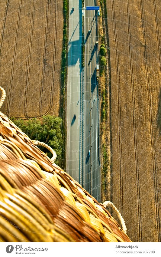 A10 / Abfahrt Saarmund Verkehrsmittel Verkehrswege Straßenverkehr Autobahn Fahrzeug Luftverkehr Ballone Abenteuer fliegen fahren Ballonfahrt Ballonkorb hoch