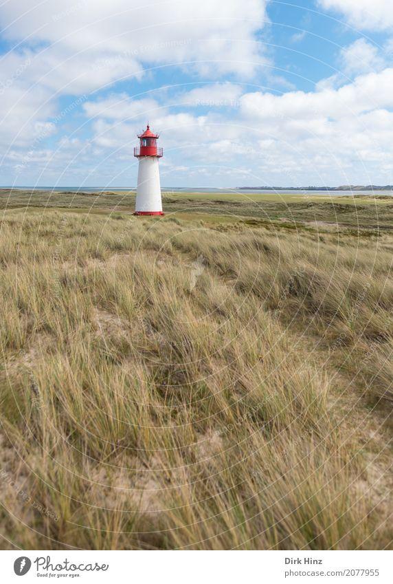 Leuchtturm (West) in List auf Sylt. Natur Ferien & Urlaub & Reisen Sommer Meer Ferne Wege & Pfade Freiheit Tourismus Horizont Ausflug wandern Insel Sicherheit