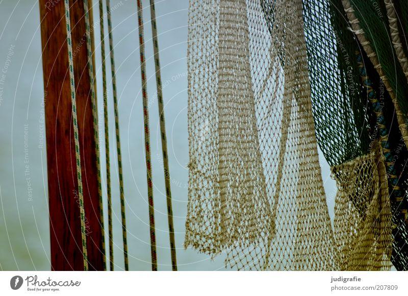 Netz Stimmung Seil Netz hängen Fischereiwirtschaft Mast Bildausschnitt Fischerboot Fischernetz