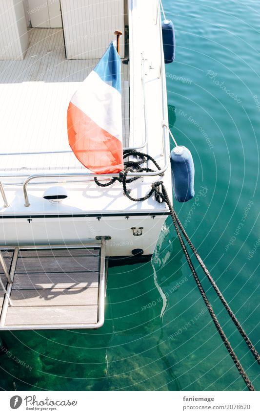 bateau Lifestyle Stil Ferien & Urlaub & Reisen Tourismus Freiheit Sommer Sommerurlaub Sonne Meer heiß Wasserfahrzeug Frankreich Fahne Seil Anker ankern