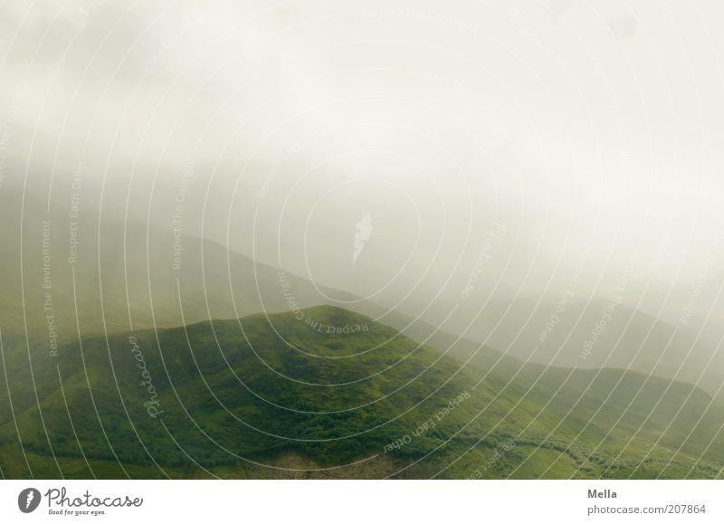 Green and Grey Umwelt Natur Landschaft Himmel Wolken Klima Wetter Nebel Hügel frei natürlich grau grün Stimmung rein ruhig Wolkenhimmel Wolkendecke Nebeldecke