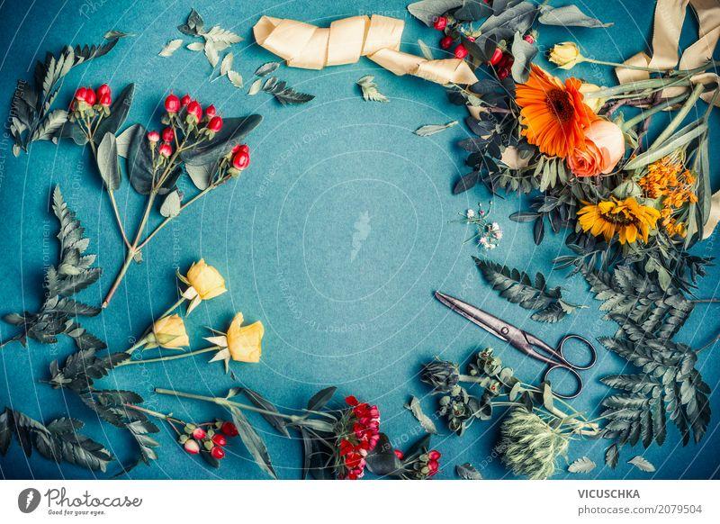 Herbstblumen und Blätter für Dekoration Lifestyle Stil Design Dekoration & Verzierung Erntedankfest Natur Pflanze Blume Blumenstrauß trendy gelb Blumenhändler