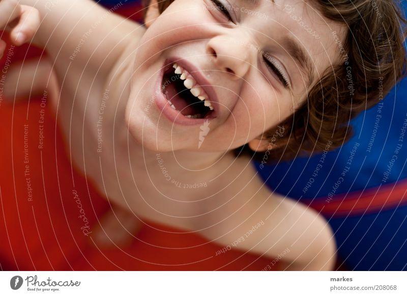 Genuss Mensch Kind Kleinkind Junge 1 3-8 Jahre Kindheit genießen Lächeln lachen authentisch Freundlichkeit Fröhlichkeit natürlich mehrfarbig Gefühle Freude