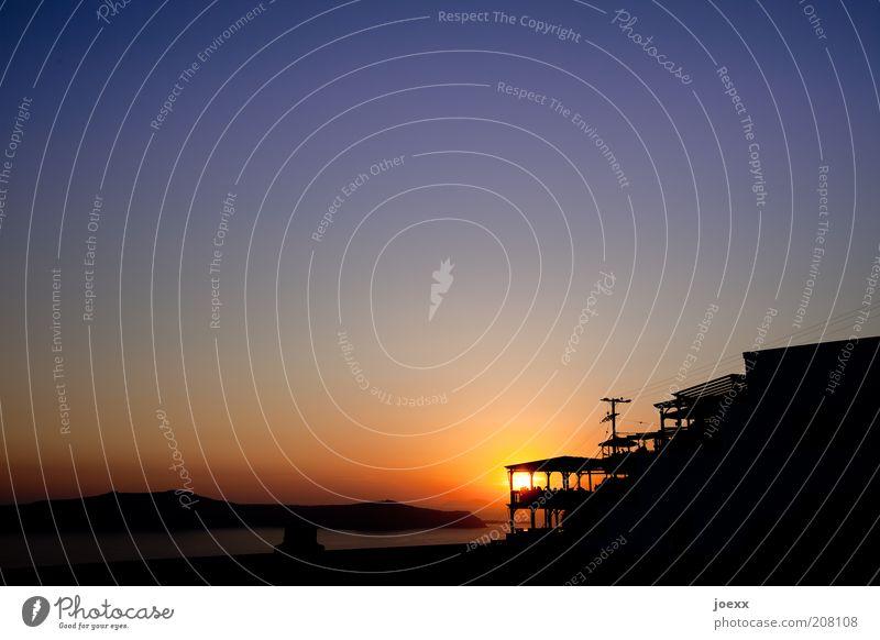 Haus am Meer Himmel Meer rot Sommer Ferien & Urlaub & Reisen ruhig Haus gelb Stimmung Insel violett Balkon Schönes Wetter Terrasse Griechenland Sommerurlaub