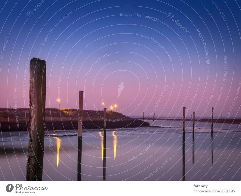 Evening atmosphere at the marina of Bensersiel ruhig Natur Landschaft Wasser Horizont Hafen Jachthafen dunkel blau Romantik Gewässer Sielhafen Ostfriesland leer