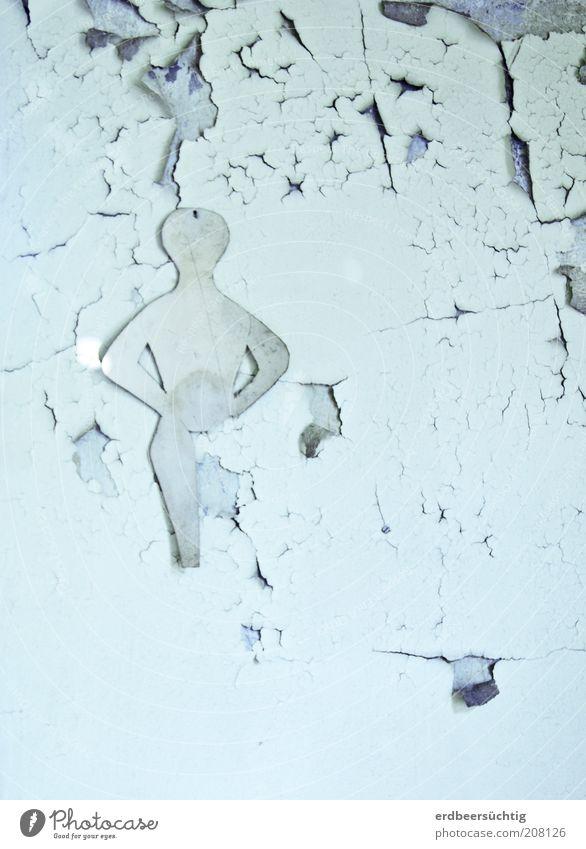 Fading beauty maskulin androgyn Leben Kunst Ruine Gebäude Mauer Wand alt blau schön Zeit Vergänglichkeit verfallen abblättern Putzfassade Endlichkeit