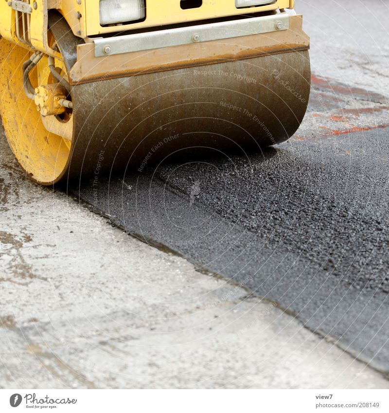 Platt machen gelb Straße Stein dreckig Beton frisch Industrie modern neu fahren einfach Baustelle Asphalt Dienstleistungsgewerbe Maschine bauen