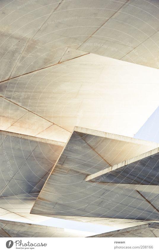 Beton Blätterdach grau Gebäude hell Architektur modern ästhetisch mehrere Niveau Dach Schutz außergewöhnlich Bauwerk Verschiedenheit trendy