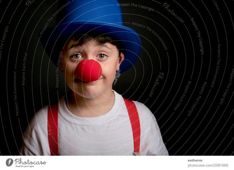 Kind mit Clownnase Mensch Freude Lifestyle lustig Junge lachen Spielen Glück Party Feste & Feiern Freizeit & Hobby maskulin Kindheit Kreativität Lächeln