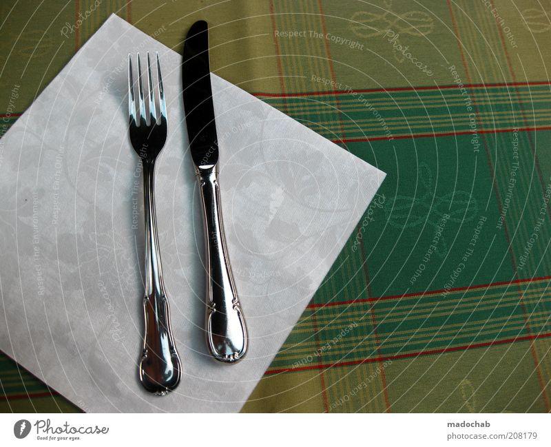Vorfreude Ernährung Mittagessen Abendessen Besteck Messer Gabel Lifestyle Stil vernünftig ästhetisch Farbe genießen Lebensfreude retro Appetit & Hunger Farbfoto