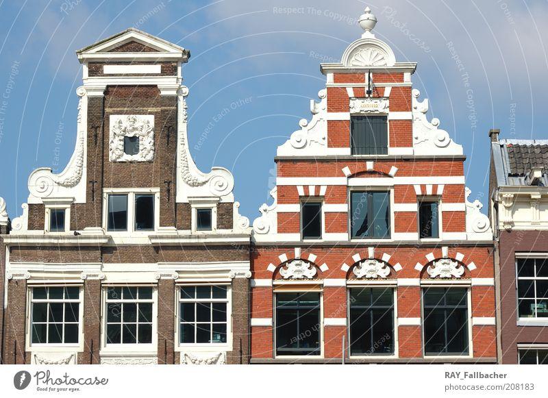 Amsterdam Hausfasade alt Stadt Sommer Ferien & Urlaub & Reisen Wand Fenster Stein Mauer Glas Fassade Tourismus Schönes Wetter Hauptstadt Blauer Himmel