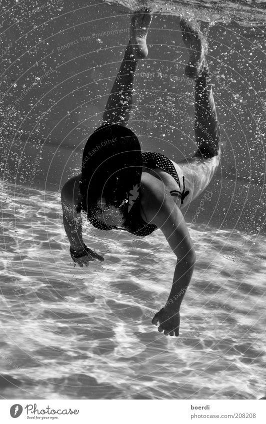 nEssi Jugendliche Wasser schön Sommer Ferien & Urlaub & Reisen Sport feminin Haare & Frisuren lustig nass Wassertropfen Behaarung Tourismus Schwimmbad