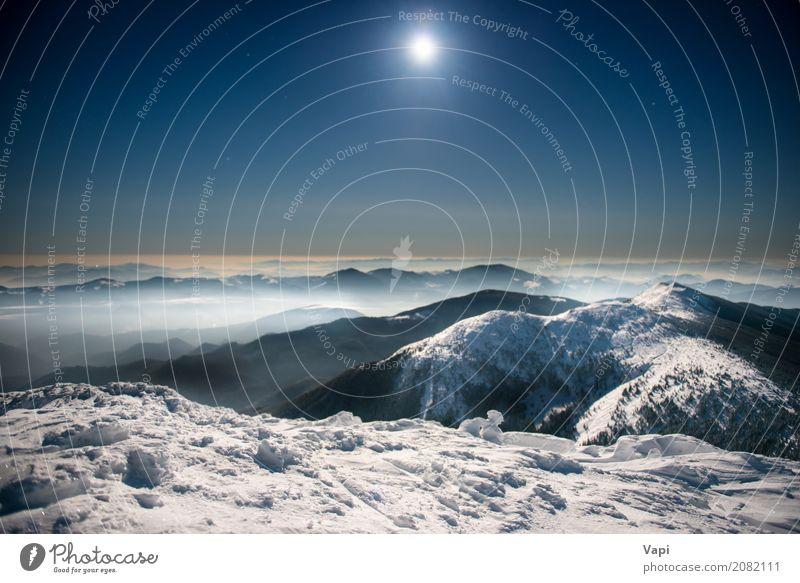 Reichweite von Winterbergen im weißen Schnee nachts Himmel Natur Ferien & Urlaub & Reisen blau Landschaft dunkel Berge u. Gebirge schwarz gelb Tourismus grau